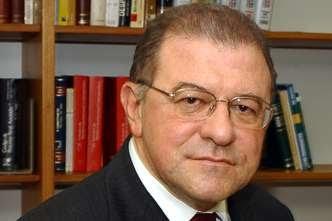 Ex-ministro do STJ, mineiro Paulo Medina morre aos 79 anos vítima da Covid-19